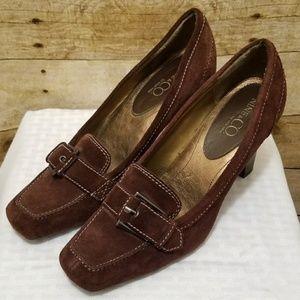 Nine & CO. Brown Suede Oxford Heels Size